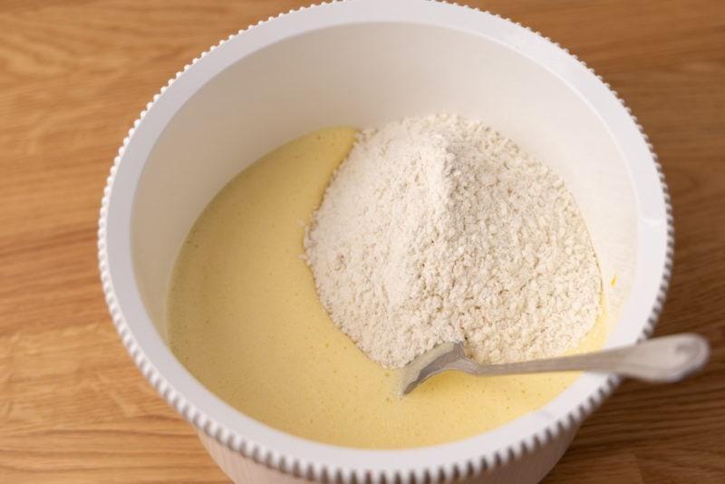 Adding flour when prepping cupcakes