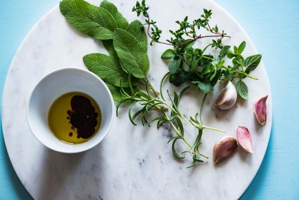 Balsamic vinegar, olive oil, greens, adn garlic