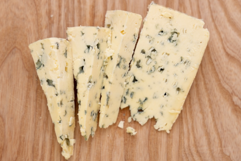 Blue cheese sliced
