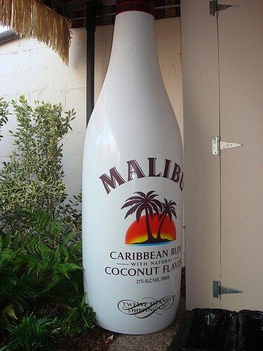 """Malibu Caribbean Rum"" inflatable bottle"