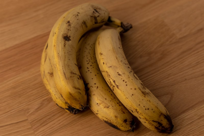 Bunch of old bananas
