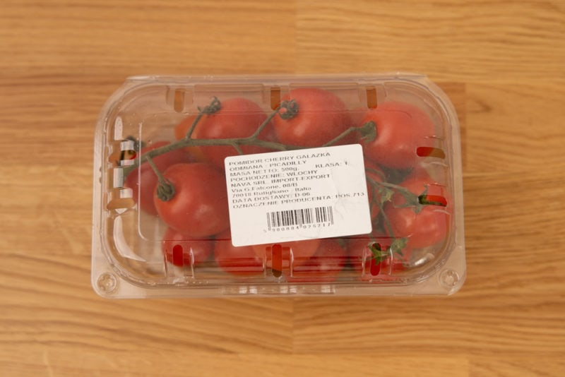 Cherry tomatoes in a clamshell container