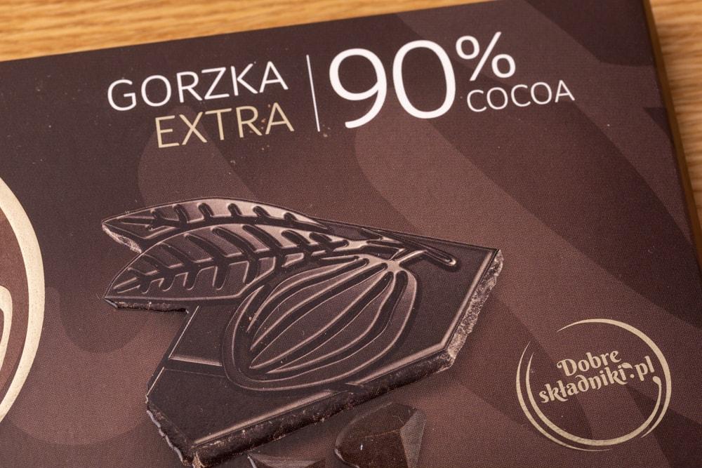 Chocolate: carton packaging