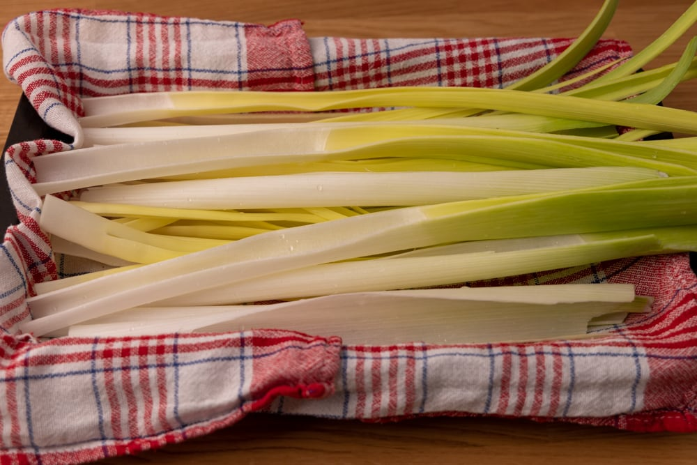 Drying leeks after washing