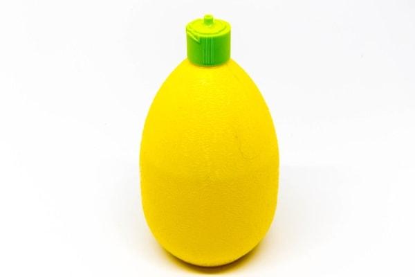 Lemon juice spritzer