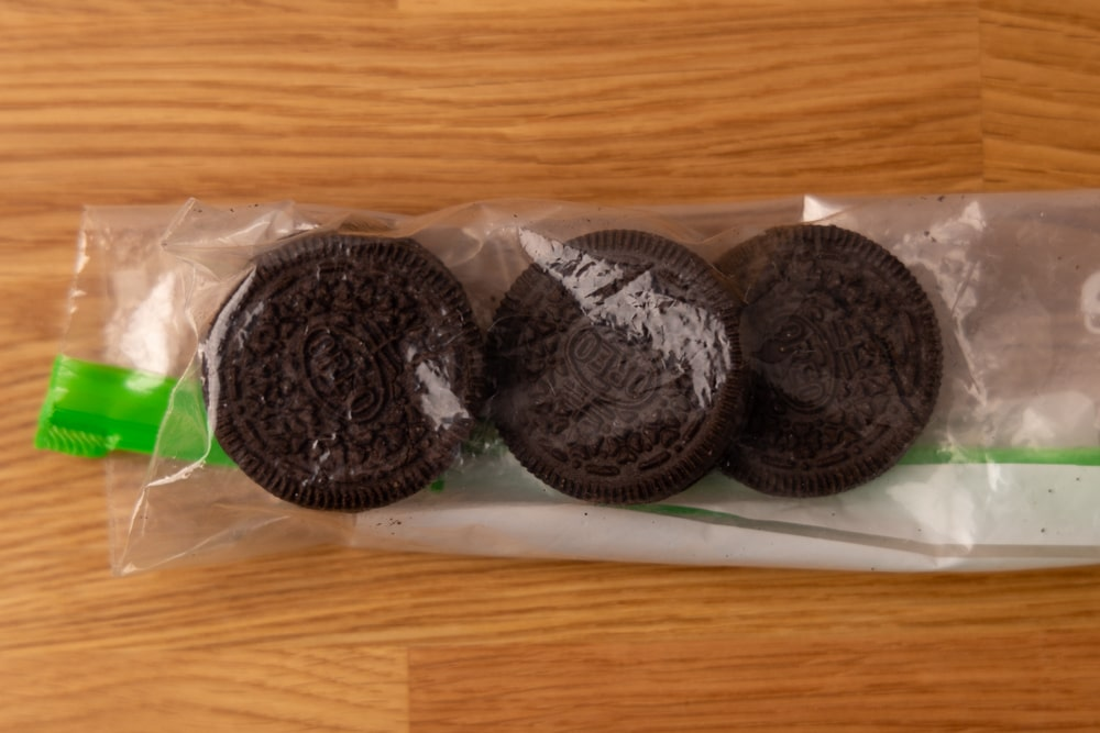 Oreos in resealable bag