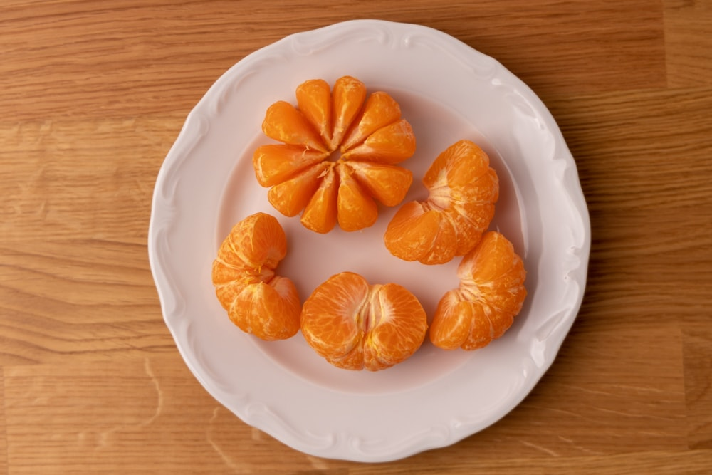 Peeled and halved tangerines
