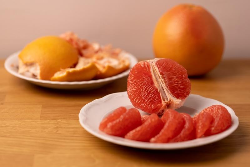 Peeling grapefruit: work in progress