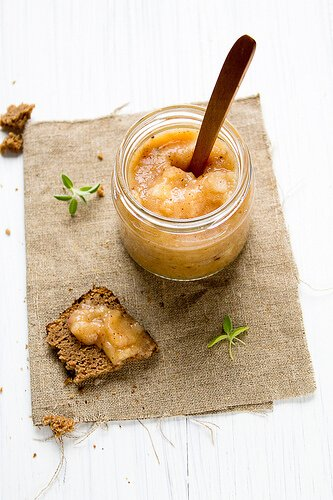 Applesauce in a jar
