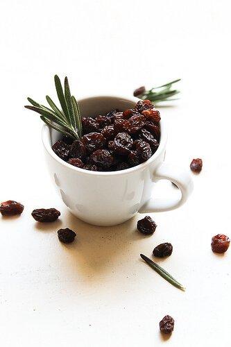Raisins in a cup