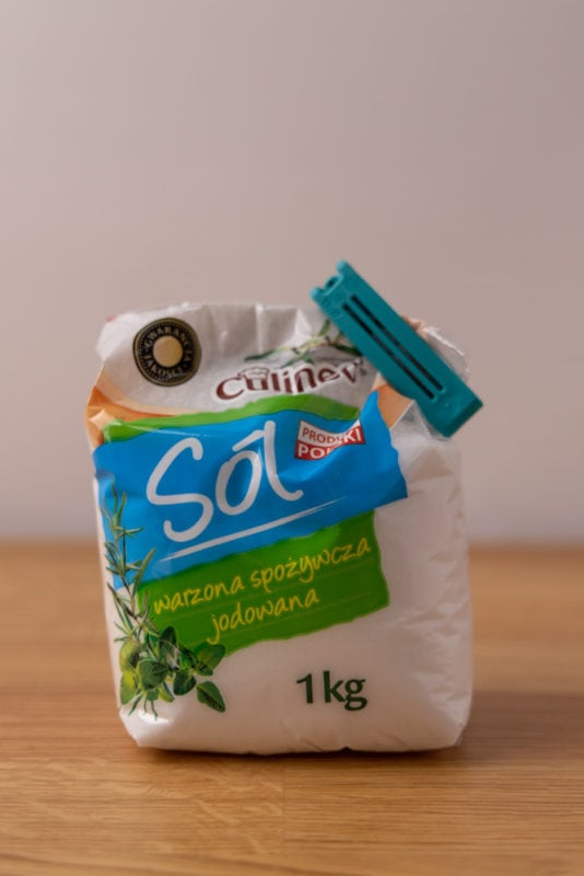 Salt in bag sealed with a sealing clip