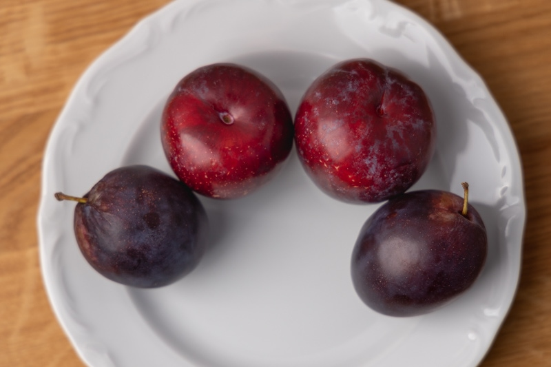Two kinds of plums