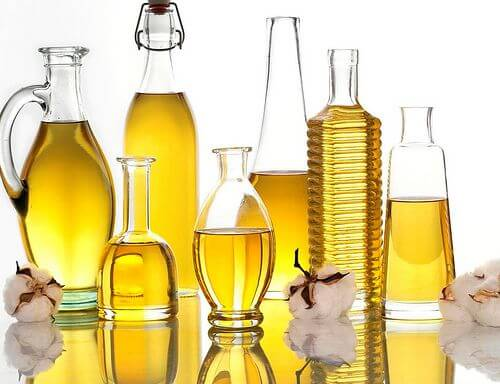 Does Vegetable Oil Go Bad?